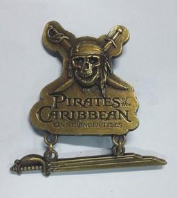 PRENDEDOR PIRATAS DEL CARIBE