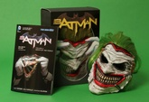 BATMAN: DEATH OF THE FAMILY - JOKER MASK AND BOX SET