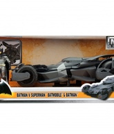 BATIMOVIL 2016 BVS CON BATMAN ESCALA 1:24 (98034)