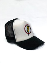 GORRA FLASH BLANCO Y NEGRO