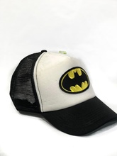 GORRA LOGO BATMAN 98 BLANCA (CON RED)