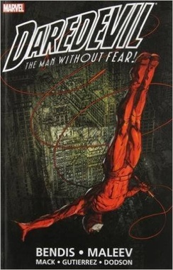 DAREDEVIL BY BENDIS & MALEEV ULTIMATE COLL BOOK 1 TPB